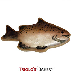The Bass Fish Cookie Favor, excellent for lake lovers, fishing derby, boat shows, boat picnics, fisherman, fisherwoman,  lakehouse parties, boating events. Add to a gift basket or cookie bouquet.