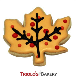 The Maple Leaf Cookie Favor, perfect for a fall farm stand event, fall harvest, and thanksgiving favor. Send in a gift basket, cookie bouquet or party favor.