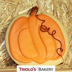 The Pumpkin Cookie Favor, perfect for Fall Harvest, Halloween, and Thanksgiving party favors. Send in a gift basket or cookie bouquet.