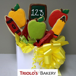 The School Box Cookie Favor, perfect for teacher appreciation day, graduations, and class celebrations favors, fundraisers, and gifts. Send in a gift basket or cookie bouquet.